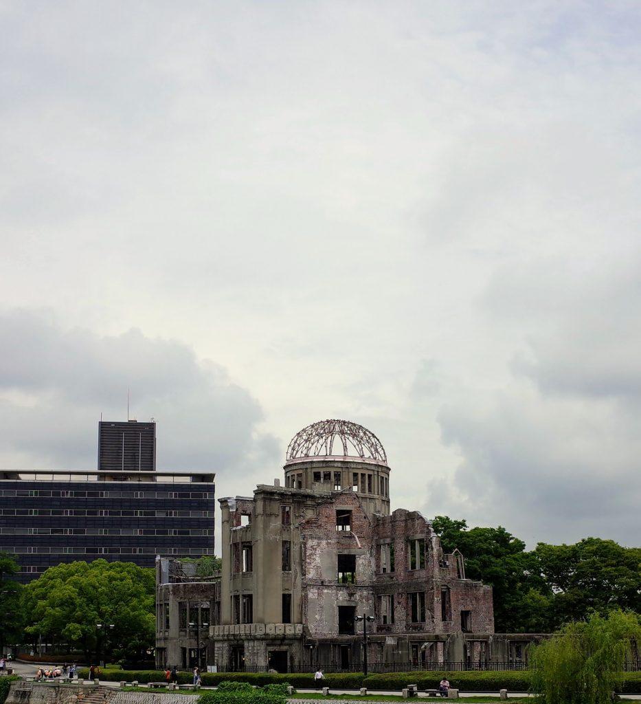原爆ドームで見上げた空に見えたものは
